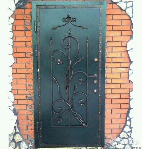 металлические двери с узором