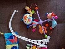 Игрушки для малышей (погремушки,мобиль,коврик)