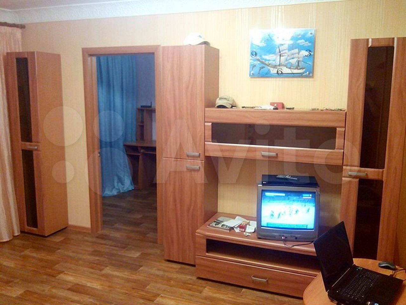 2-room apartment, 42 m2, 4/5 floor. 89197165732 buy 3
